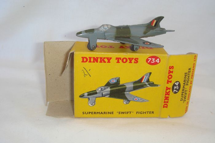 "Dinky Toys - 1:48 - First Issue ""VICKERS"" R.A.F. Supermarine ""SWIFT"" Fighter - no.734 - 1955 - In New Series Original box"