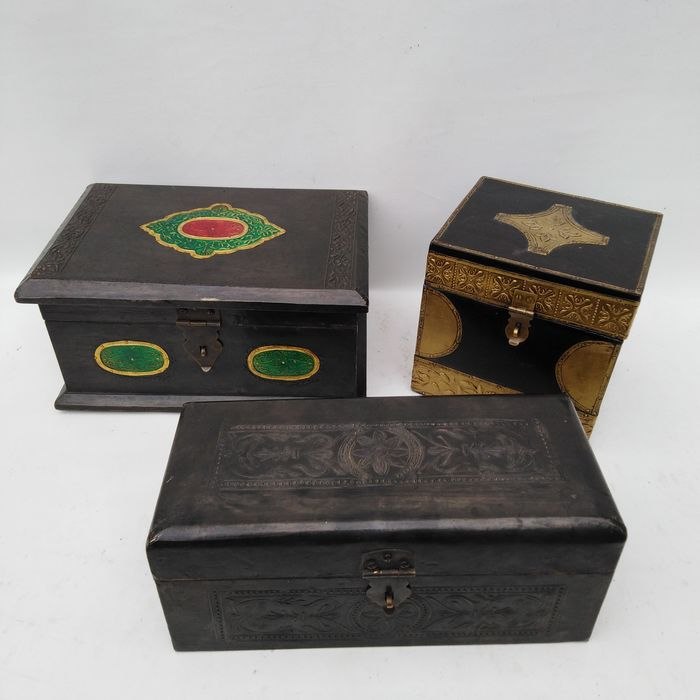 Wooden boxes covered with Latoen Koper (3) - Copper, Wood