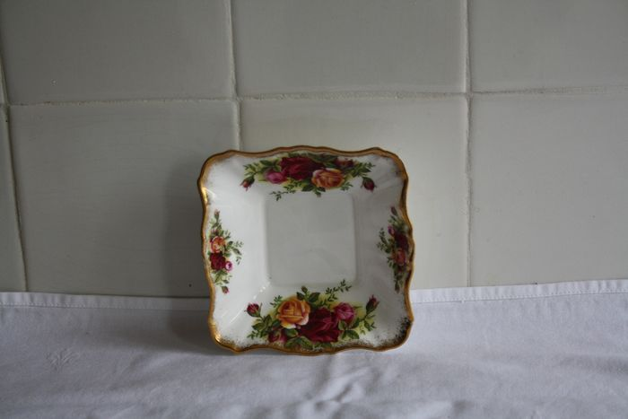 Royal Albert - Square Bowl with butter knife (1) - Porcelain