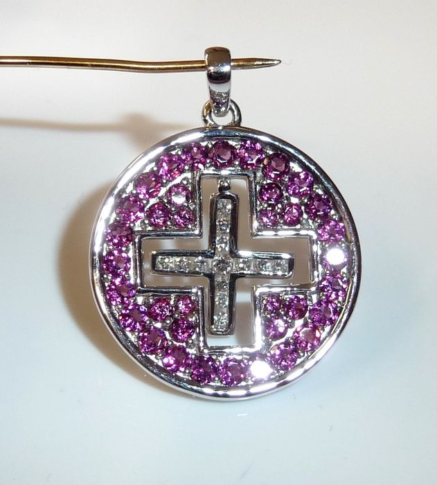 14 kt. White gold - Pendant, Cross / amulet 0.30 ct. Diamond + 1.7 ct. Rhodolith