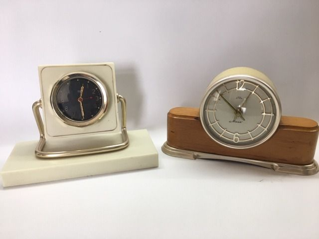 "Serdobsky and Chelyabinsky watch factory -  Desktop clocks ""Mayak"" and ""Chchz""  (2) - metal, glass, plastic, wood"