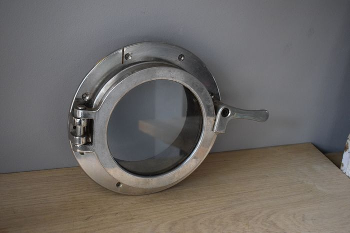 Chromed porthole (10 kg) with laminated Delodur glass - Buyer - Approx. 1950