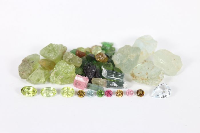 Collection of Tourmaline, Aquamarine, Peridot: Before and After - 62.6 ct, - 12.5 g