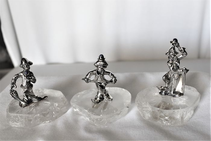 3 clown miniatures with crystal base (3) - 800 silver, lapis lazuli cabochon, rock crystal - Italy - Second half 20th century