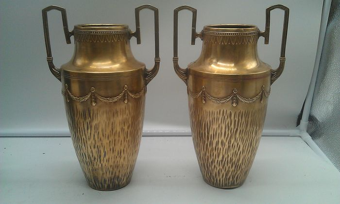 Pair of Large Napoleon III Brass Amphora Canopic Vases - Brass - Brass