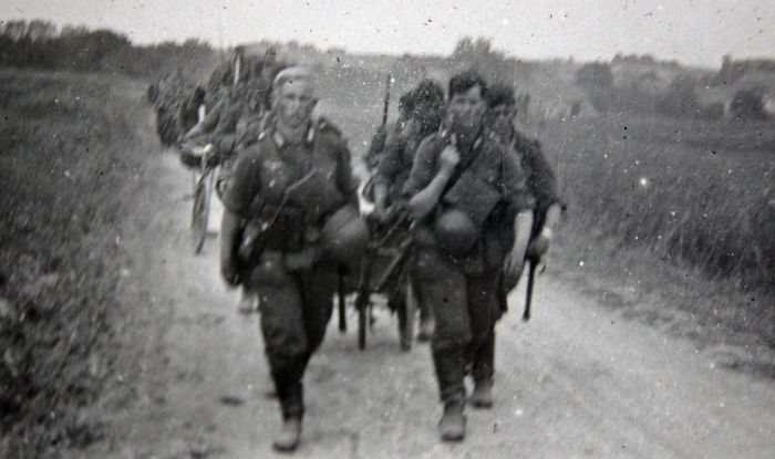 Germany - The battle of France - Album, with 37 Photos - By one person  - 1940