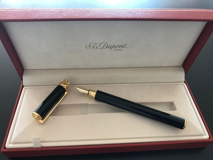 Dupont - Fountain pen - Complete collection