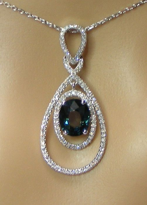 18 kt. White gold - Necklace - 3.13 ct Blue Sapphire VVS1 Certified by GIA Laboratory - and Diamonds - No reserve price