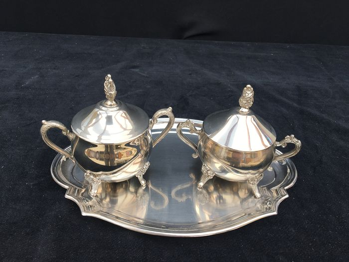 Serving tray and 2 jars with lid - silver plated