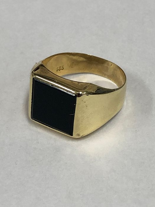 14 kt gold, yellow gold - Ring with onyx
