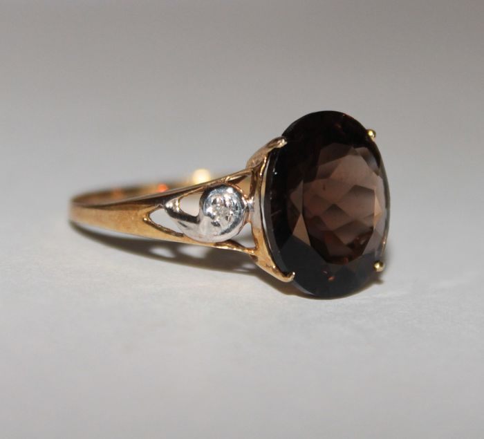 10k Yellow gold - Ring - 5.00 ct Topaz - Diamond