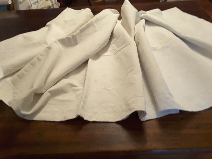 Bed sheet and pillowcases (3) - linen blend