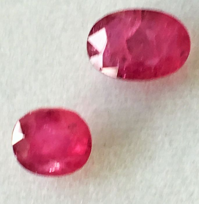 Red Ruby - 4.64 ct