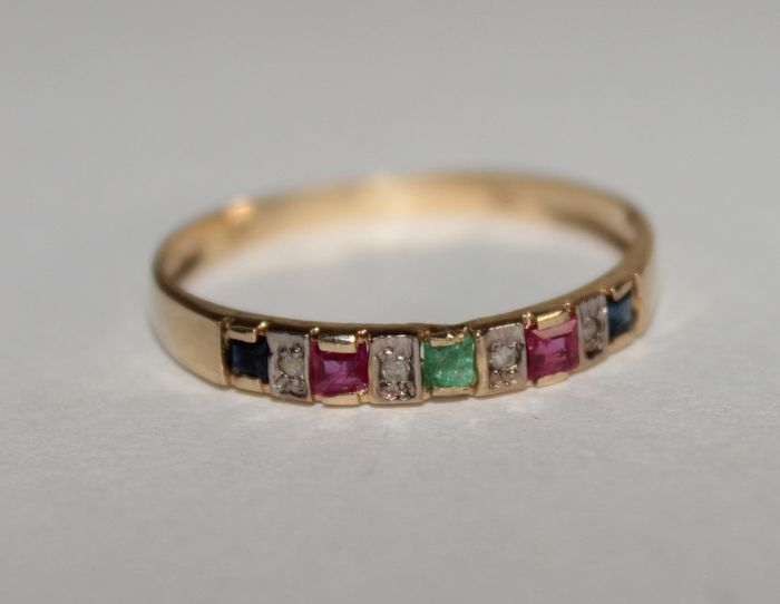 375/1000 yellow gold - Ring - 0.40 ct emerald - Rubies, sapphires, diamond