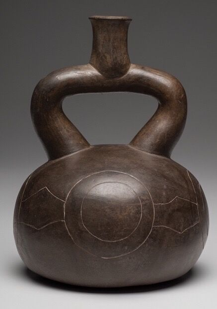 Vessel with incised design - Pottery - Chavin culture - Peru