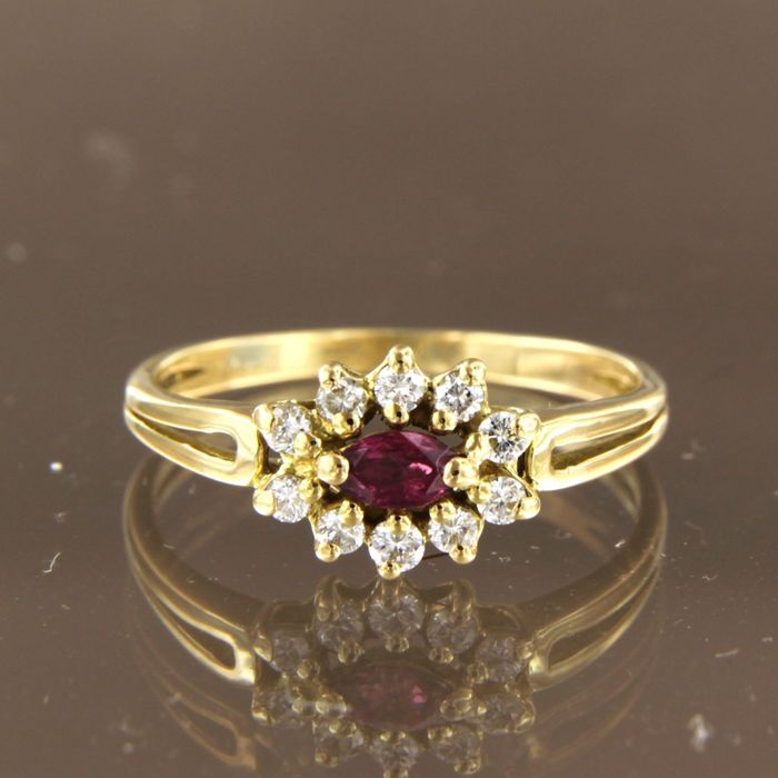 18 kt. Yellow gold - Ring - 0.15 ct Ruby - Diamond