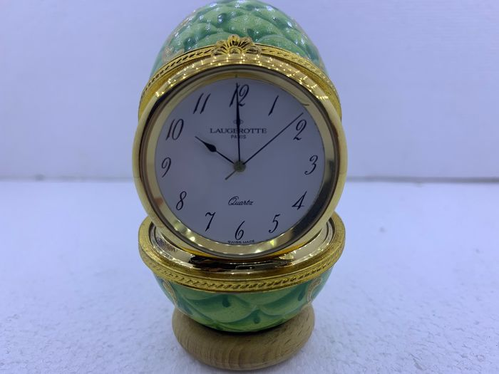 egg clock LAUGEROTTE - Gold plated, Porcelain - Late 20th century