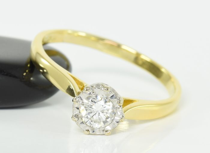 18 kt. Gold - Ring - 0.33 ct Diamond Solitaire