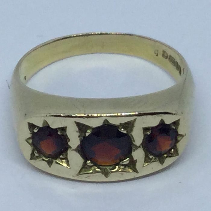 9K Yellow gold - Ring - 1.70 ct Garnet