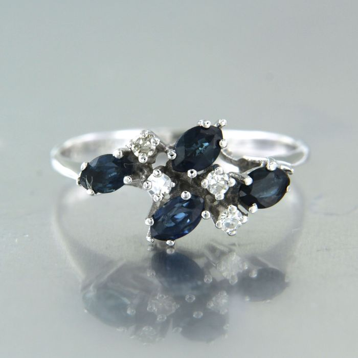 18 kt. White gold - Ring - 0.80 ct Sapphire - Diamond
