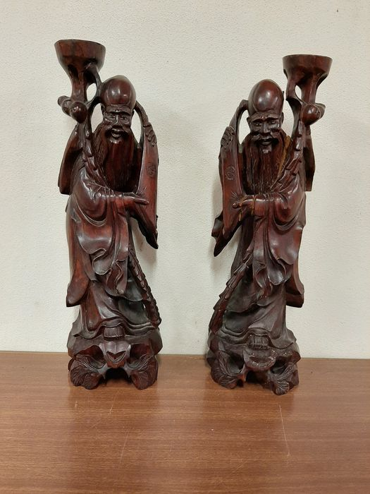 2 sculptures - Wood - China - Late 20th century