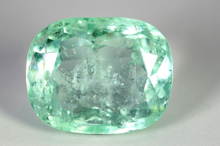 Colombia -  Emerald  - 28.65 ct