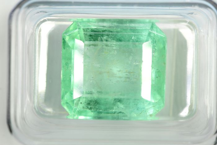 No Reseve Price - Colombia - Emerald  - 10.45 ct