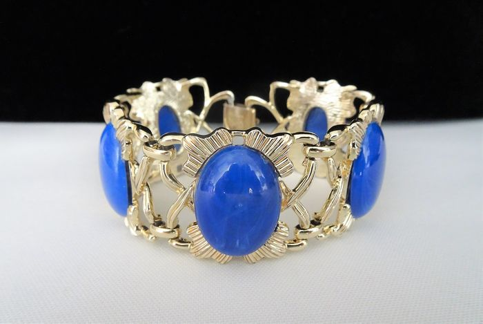 Coro Pegasus - Early 1950s -  Gold-plated - XL Wide Bracelet set with Faux Lapis Lazuli