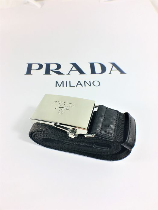 Prada - Brand new ,Logo engraved  Belt