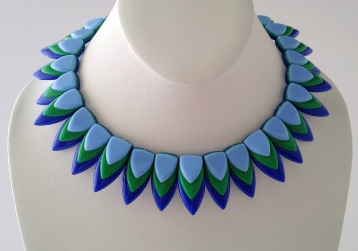 Crown TRIFARI Alfred Philippe  Thermoset - Cleopatra Collar Necklace