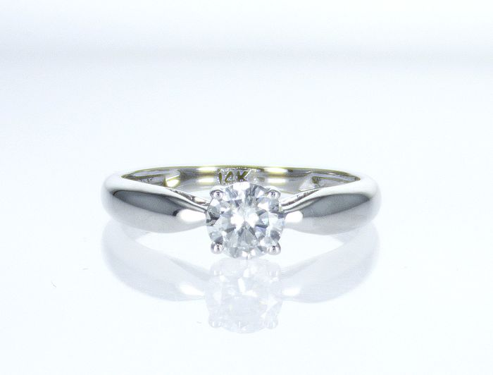 14 kt. White gold - Ring - Clarity enhanced 0.57 ct Diamond