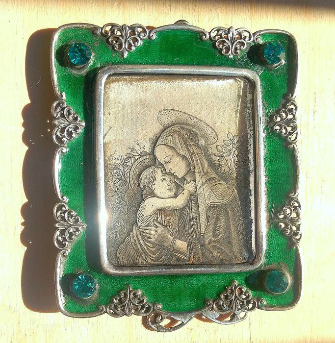 Madonna and child, hand engraved and enamel  - Silver - 1920 circa