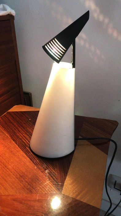 Hikaro Mori -  Nemo - Table lamp - Iota