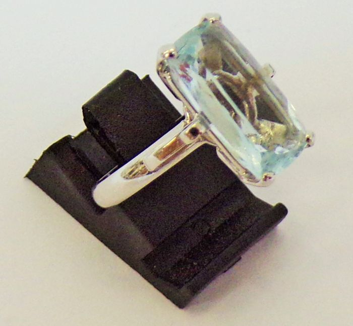 18 kt. Gold, White gold - Ring - 3.41 ct Aquamarine