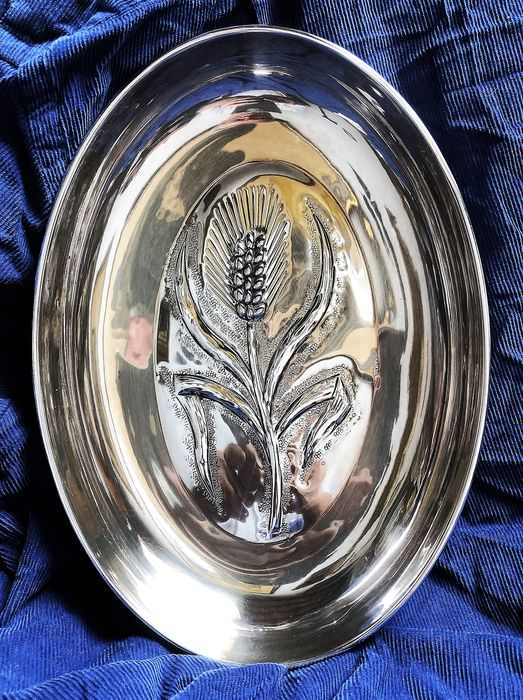Superb tray all hand-made - Silver plated - Italy - Late 20th century