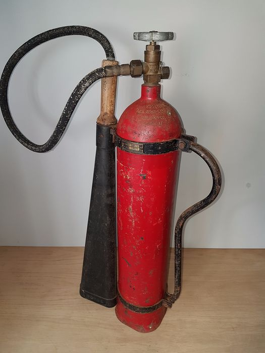 Boyce - Vintage fire extinguisher from 1963 with wooden handle - Steel