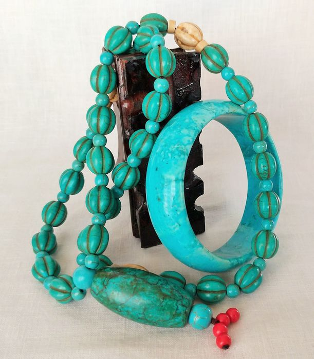 """Necklace """"Mala"""" and Bracelet Forme Libre - Tibetan - Pearls Carved Olives with Facets (2) - Turquoise (163 g)"""