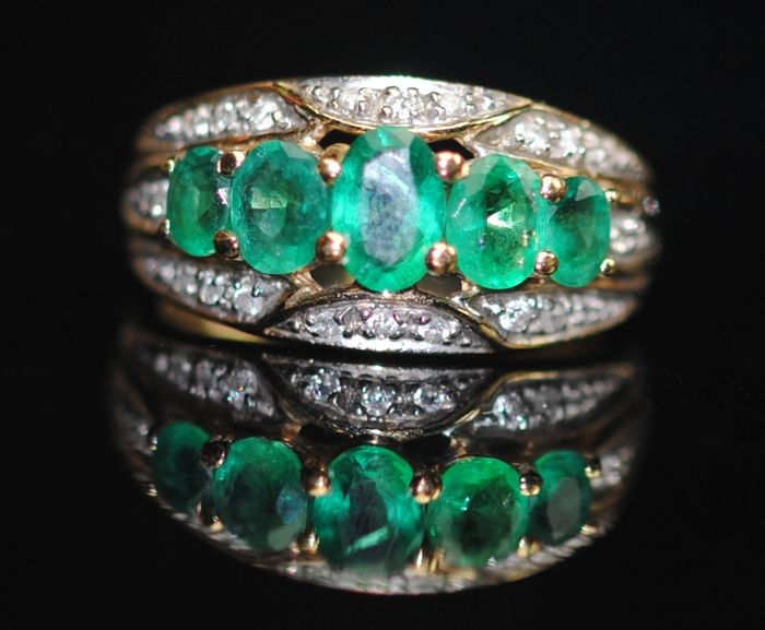 Emerald & Diamond - 9K Gull - Ring