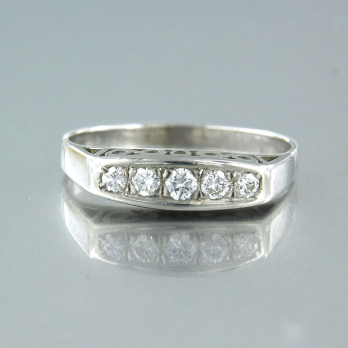 14 karat Hvitt gull - Ring - 0.16 ct Diamant