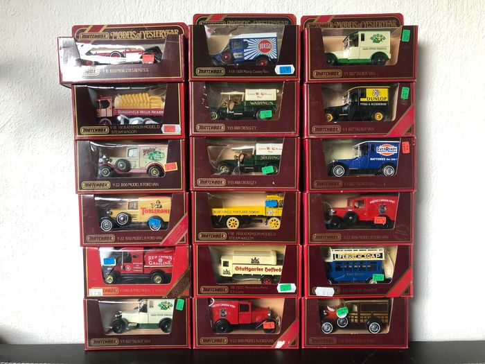 Matchbox - 1:43 - 18x Models of Yesteryear early issued models