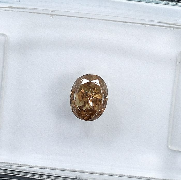 Diamante - 0.44 ct - Ovalado - Y-Z,Light Brown - I1 - NO RESERVE PRICE