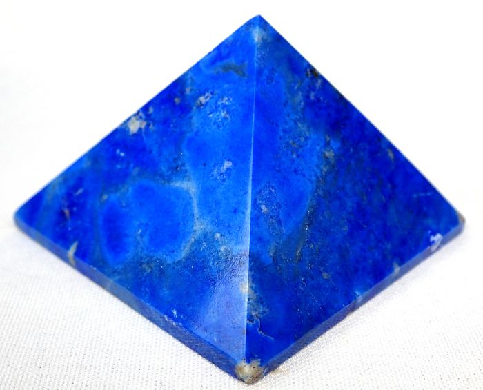 Beautiful Lapis Lazuli Pyramid 785ct - 58.6×59.98×40.35 mm - 157 g