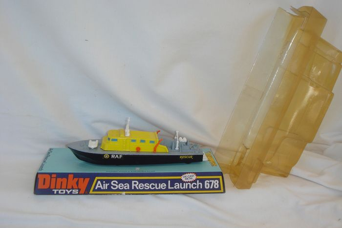 """Dinky Toys - 1:200 - Mint model """"R.A.F. AIR SEA RESCUE LAUNCH"""" no.678 - First Issue = In original Window-Box - 1974"""