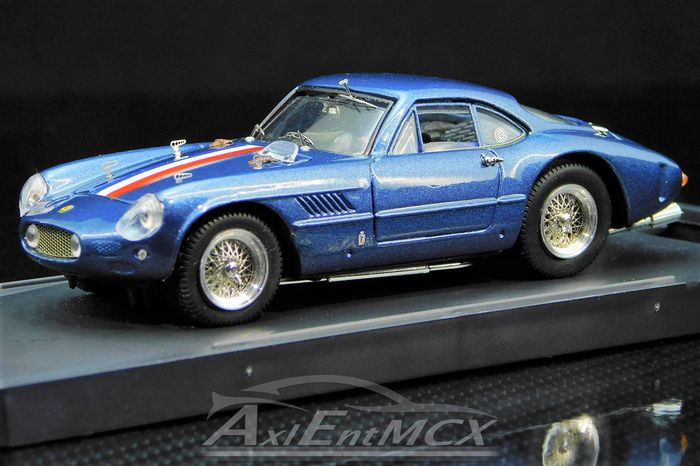 Bang - 1:43 - Ferrari 250 GT SWB Sperimentale - Colombo Tipo-125 3Ltr 60°/V12 - PRESENTAZIONE 1961 - With REAL Aluminium Wheels!