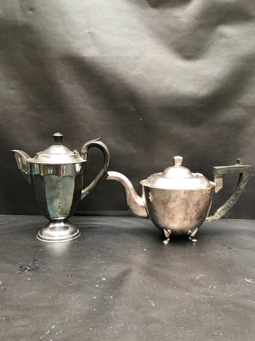 Kettle, Teapot - Silverplate - England - Early 20th century