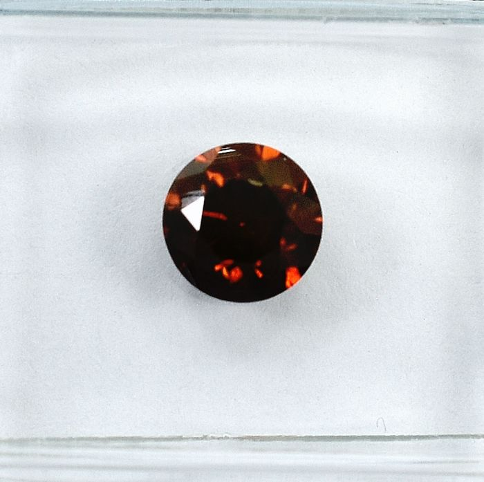 Diamant - 0.90 ct - Brillant - Fancy Intense Reddish Orange - I1