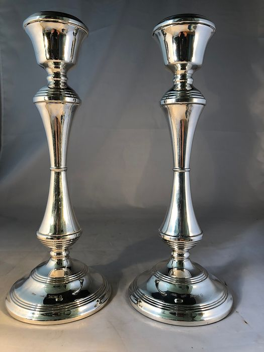 Pair of candlesticks - .925 silver - Broadway & Co, Birmingham - U.K. - 1977