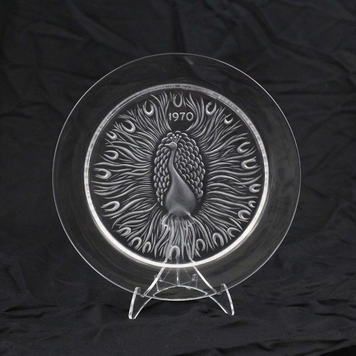 Lalique - 1970 Year Plate - Peacock - Crystal