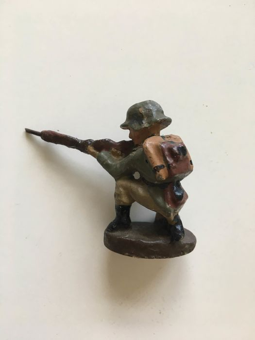 ELASTOLIN - miniature german soldier - Unknown