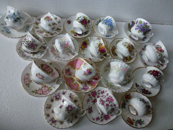 Royal Albert / Coupe anglaise & soucoupe (17) - Porcelaine